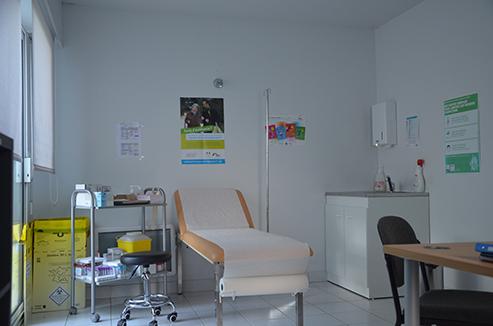 le_marsoins_camion_centre_de_sante_infirmier